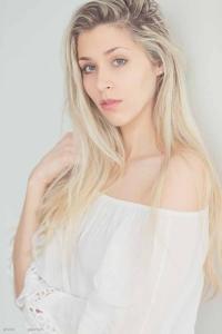 Indoor Shooting Kristina available light, Farbflecks.eu, Holger gawrisch, sensuell Fotografie,